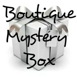 5 item boutique mystery box